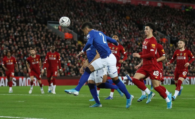 Liverpool vao vong 4 FA Cup trong ngay Minamino da chinh hinh anh 13 2020_01_05T161609Z_1893355478_RC2S9E9TWP83_RTRMADP_3_SOCCER_ENGLAND_LIV_EVE_REPORT.JPG