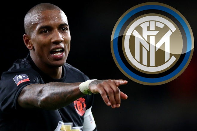 Ashley Young se den Inter trong mua he hinh anh 1 1_7.jpg
