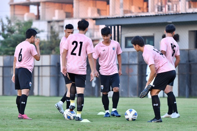 truc tiep U23 THAI Lan vs Bahrain anh 3