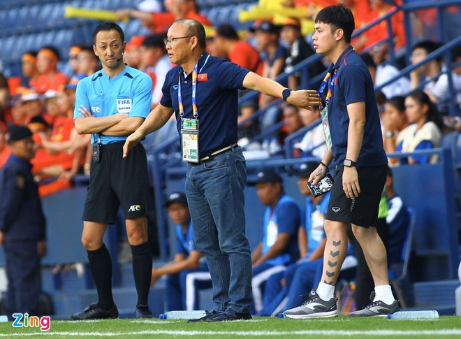 U23 Viet Nam hoa UAE o tran ra quan giai chau A hinh anh 34 z_zing_5_.jpg