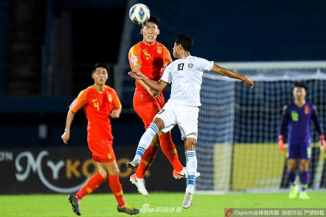 Thua Uzbekistan 0-2, U23 Trung Quoc bi loai khoi giai chau A hinh anh 12 14.jpg