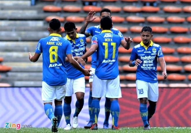 CLB Ha Noi vs Persib Bangdung anh 11