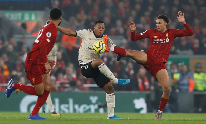 Ha MU, Liverpool hoan tat bo suu tap chien thang tai Premier League hinh anh 22 2020_01_19T165916Z_1380490232_RC24JE96LW8T_RTRMADP_3_SOCCER_ENGLAND_LIV_MUN_REPORT.JPG