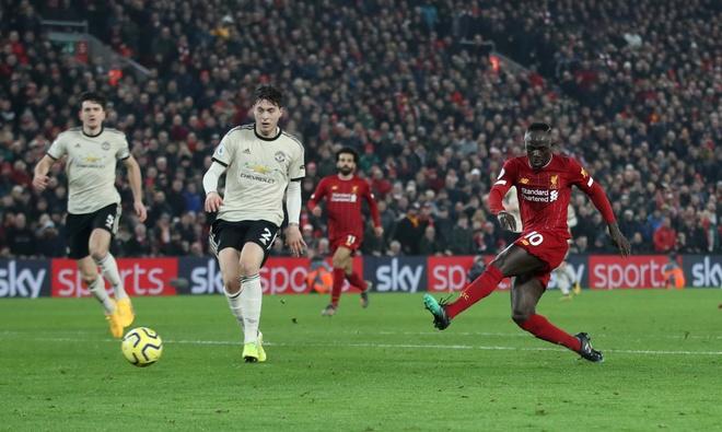 Ha MU, Liverpool hoan tat bo suu tap chien thang tai Premier League hinh anh 27 2020_01_19T171807Z_203039945_RC25JE91UV6U_RTRMADP_3_SOCCER_ENGLAND_LIV_MUN_REPORT.JPG