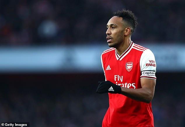 Aubameyang phai tro mat voi Arsenal de toi Barca hinh anh 1 re.jpg