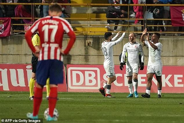 Atletico Madrid thua nguoc doi hang ba o Copa del Rey hinh anh 4 2.JPG