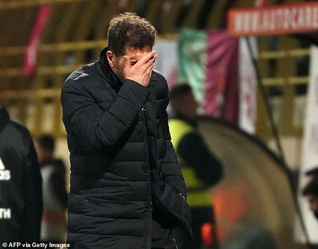 Atletico Madrid thua nguoc doi hang ba o Copa del Rey hinh anh 8 4.JPG