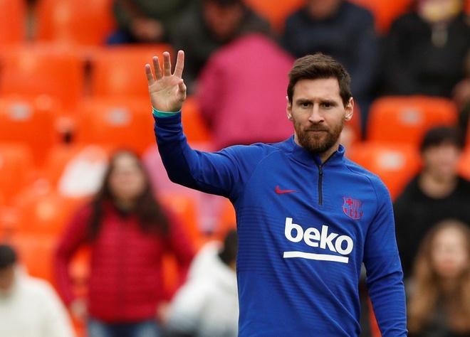 Messi tit ngoi, Barca phoi ao truoc Valencia hinh anh 9 2020_01_25T143949Z_631422845_RC22NE9QUX34_RTRMADP_3_SOCCER_SPAIN_VAL_FCB_REPORT.JPG
