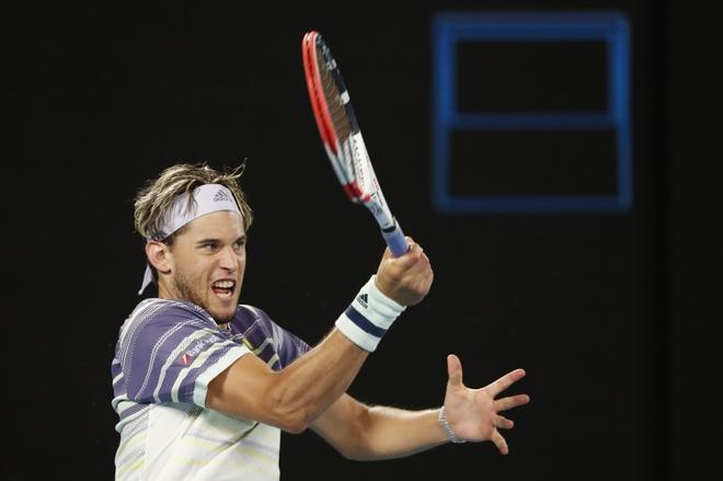 Ha Thiem sau 5 set, Djokovic lan thu 8 vo dich Australian Open hinh anh 36 2020_02_02T112508Z_2018423506_UP1EG220VPW9H_RTRMADP_3_TENNIS_AUSOPEN.JPG