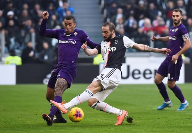 Juventus 3-0 Fiorentina: Ronaldo lap cu dup tu cham phat den hinh anh 6 2020_02_02T115228Z_158875595_RC2BSE95JQ45_RTRMADP_3_SOCCER_ITALY_JUV_FIO_REPORT.JPG