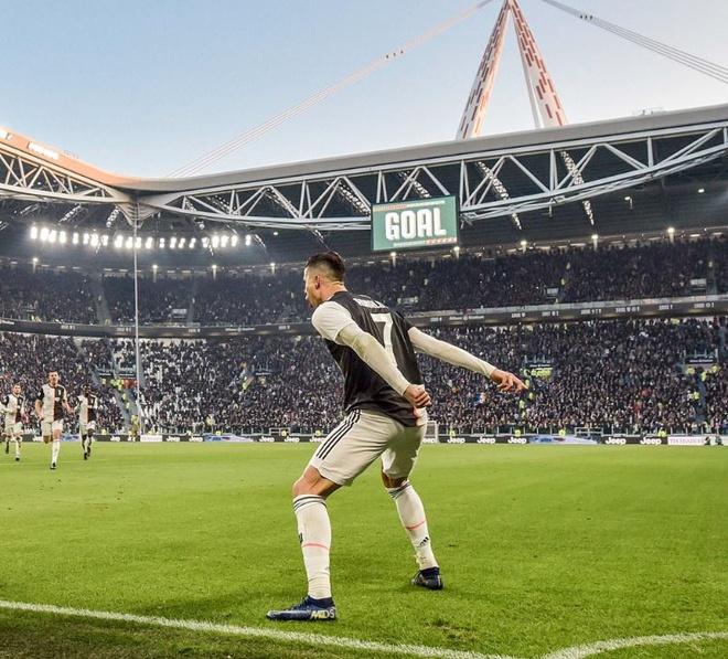 Ronaldo lap ky luc bang 2 cu da penalty thanh cong hinh anh 1 a_4.JPG