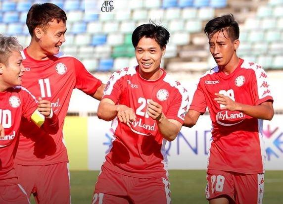 Cong Phuong toa sang giup CLB TP.HCM gianh diem o AFC Cup hinh anh 2 a_2.JPG