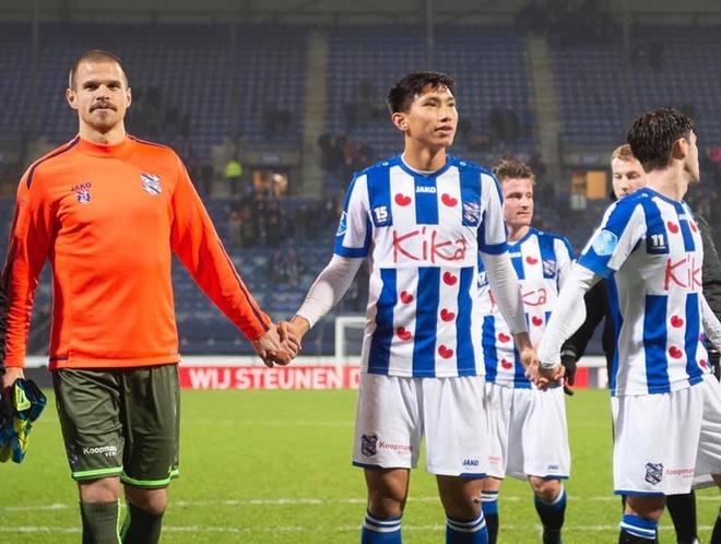 Vitesse 4-2 Heerenveen: Tham hoa hang phong ngu hinh anh 6 re_1.jpg