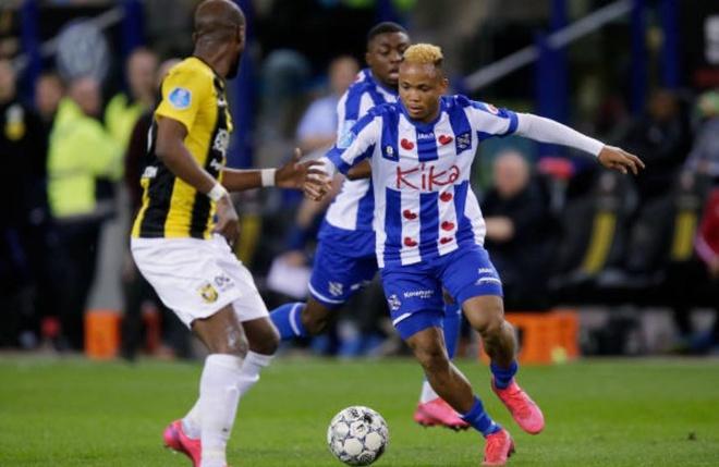Vitesse 4-2 Heerenveen: Tham hoa hang phong ngu hinh anh 13 sa1.JPG