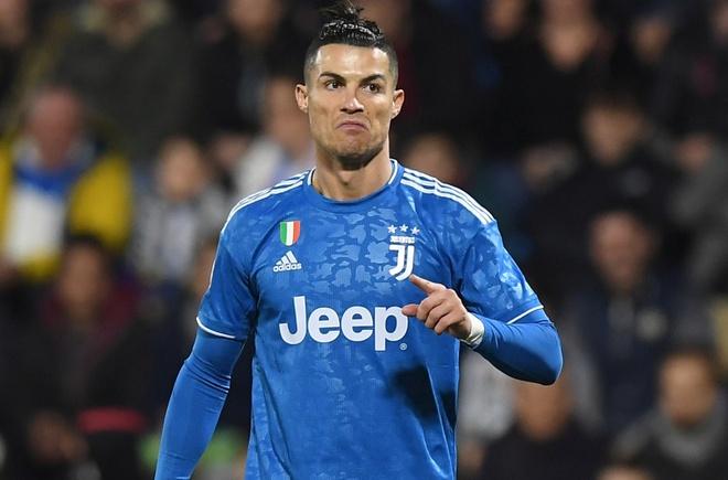 Ronaldo toa sang, Juventus xay chac ngoi dau Serie A hinh anh 9 2020_02_22T171725Z_1297052680_RC2T5F9MPQ7X_RTRMADP_3_SOCCER_ITALY_SPA_JUV_REPORT.JPG