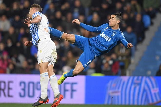 Ronaldo toa sang, Juventus xay chac ngoi dau Serie A hinh anh 13 2020_02_22T175447Z_118361521_RC2T5F9ZJCXZ_RTRMADP_3_SOCCER_ITALY_SPA_JUV_REPORT.JPG