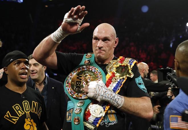 Fury thang knock-out Wilder, gianh dai WBC hinh anh 22 2020_02_23T055507Z_276148282_HP1EG2N0GFVNB_RTRMADP_3_BOXING_HEAVYWEIGHT_WILDER_FURY.JPG