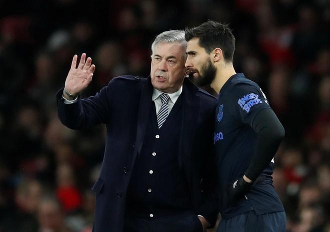 Arsenal 3-2 Everton: Ruot duoi ty so hap dan hinh anh 22 2020_02_23T175050Z_1969591355_RC2H6F9VA8HJ_RTRMADP_3_SOCCER_ENGLAND_ARS_EVE_REPORT.JPG