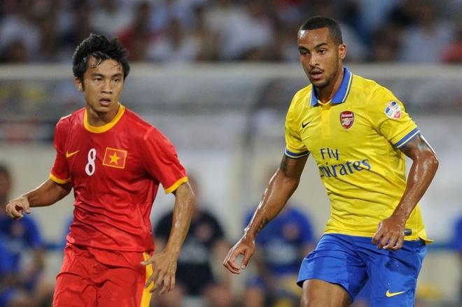 Gnabry va dan sao Arsenal den Viet Nam nam 2013 hinh anh 8 7.JPG