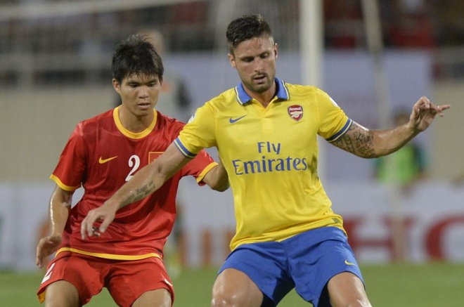 Gnabry va dan sao Arsenal den Viet Nam nam 2013 hinh anh 10 9.JPG