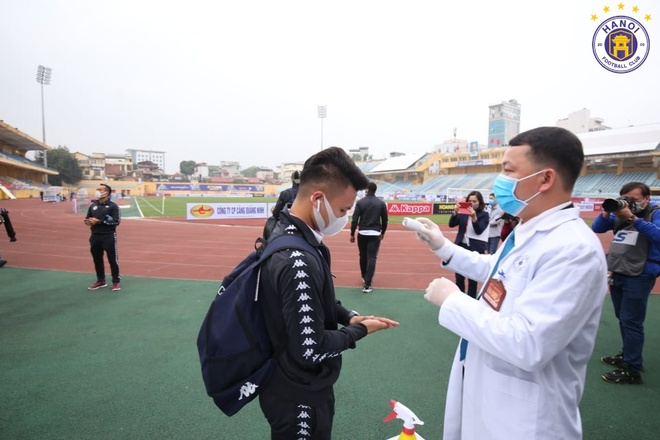 CLB Ha Noi danh bai CLB Nam Dinh o tran cau co 6 ban thang hinh anh 6 1_1.JPG
