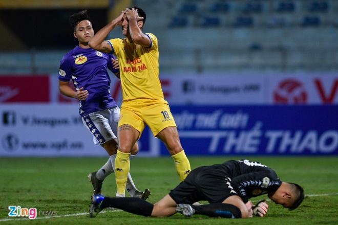 CLB Ha Noi danh bai CLB Nam Dinh o tran cau co 6 ban thang hinh anh 16 4_zing_1_.jpg