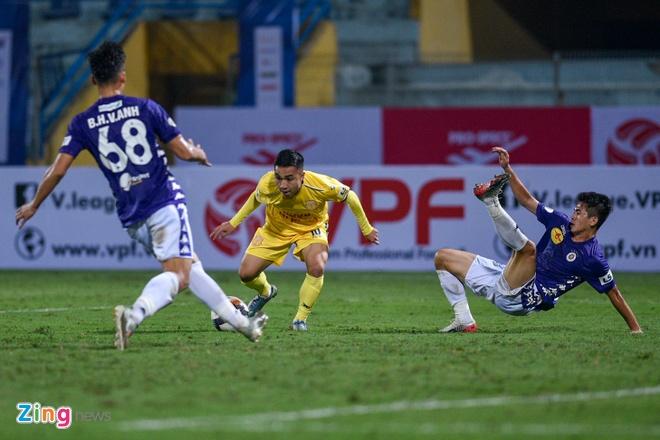 CLB Ha Noi danh bai CLB Nam Dinh o tran cau co 6 ban thang hinh anh 18 6_zing_2_.jpg
