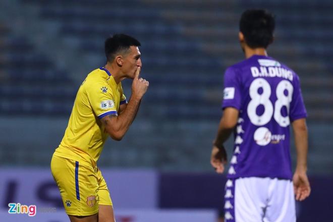 CLB Ha Noi danh bai CLB Nam Dinh o tran cau co 6 ban thang hinh anh 22 7_zing_2_.jpg