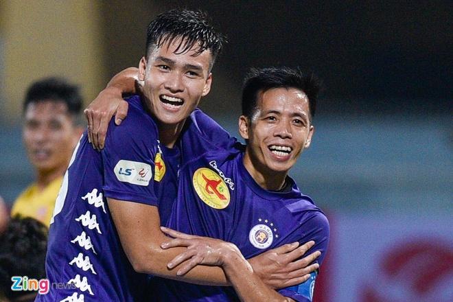 CLB Ha Noi danh bai CLB Nam Dinh o tran cau co 6 ban thang hinh anh 23 8_zing_1_.jpg
