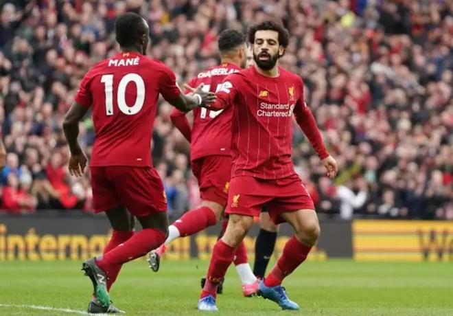 Chu tich UEFA: 'Khong trao luon chuc vo dich cho Liverpool, Juventus'