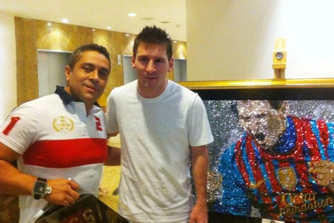 Ronaldo chi trieu USD de so huu buc tranh sang hon Messi hinh anh 1 1.jpg
