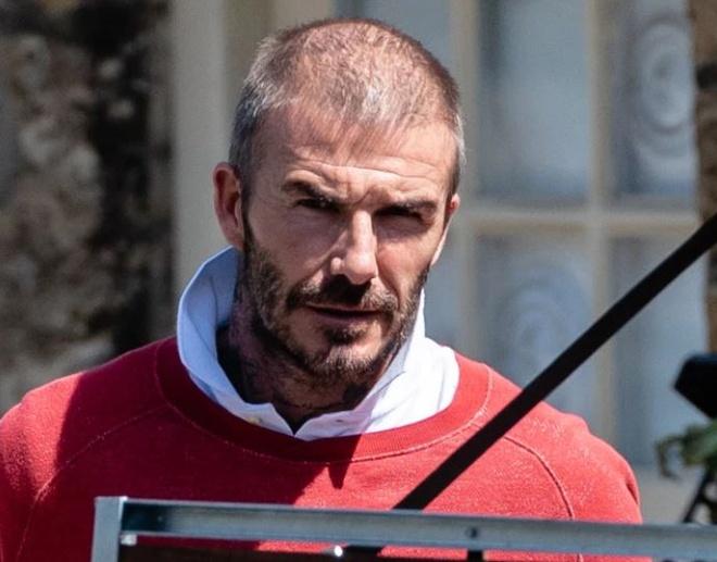 David Beckham lộ vẻ ngoài già nua với mái tóc thưa