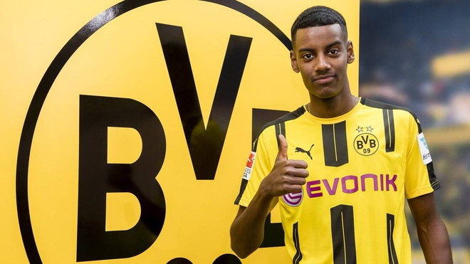 7 vu chuyen nhuong sai lam cua Dortmund anh 1