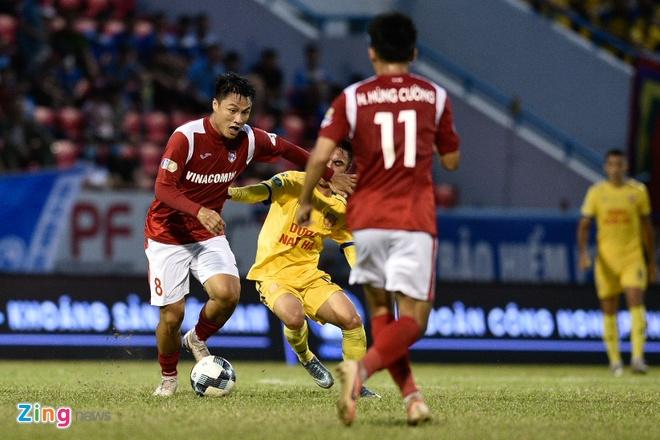 CLB Quang Ninh vs Nam Dinh anh 10