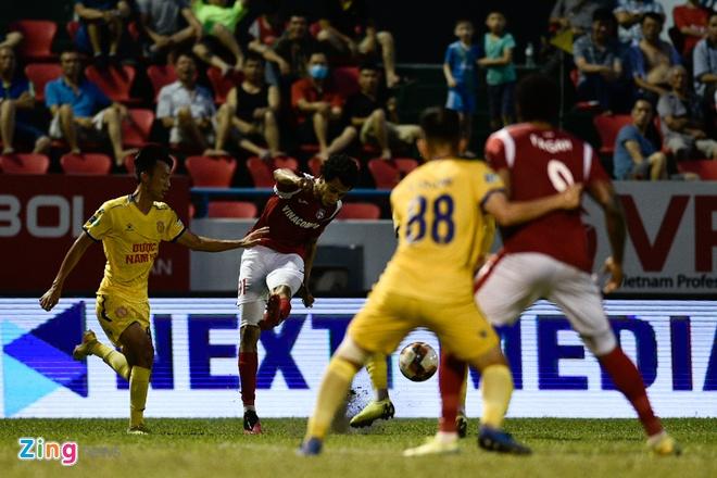 CLB Quang Ninh vs Nam Dinh anh 8
