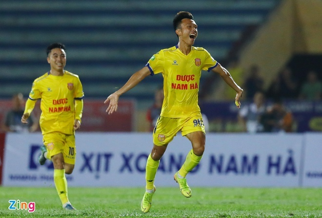 CLB Quang Ninh vs Nam Dinh anh 2