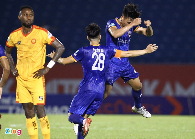 CLB Binh Duong vs Thanh Hoa anh 2