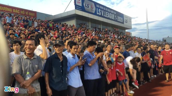 CLB Ha Tinh vs Ha Noi anh 3