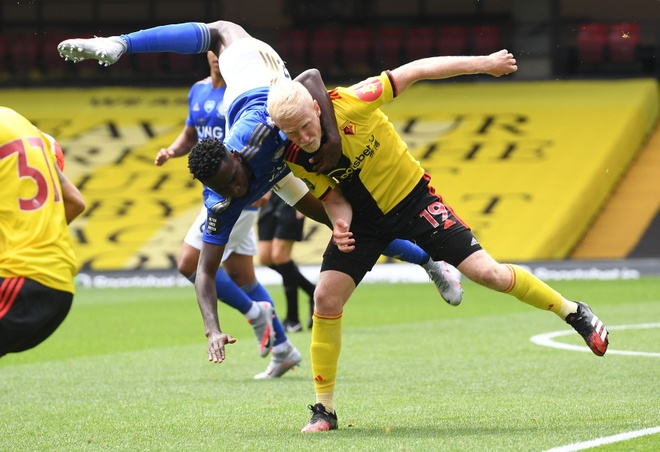Watford vs Leicester anh 9