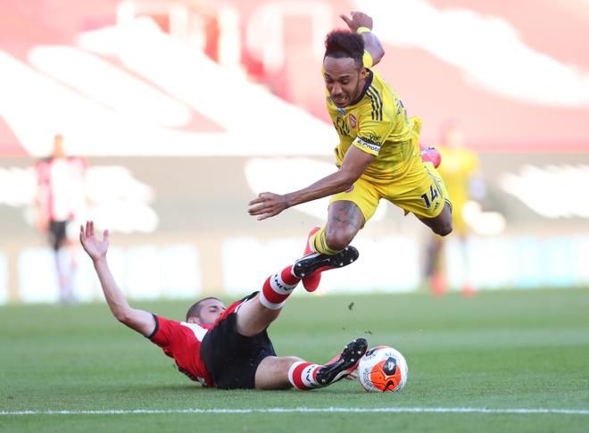 Arsenal vs Southampton anh 19