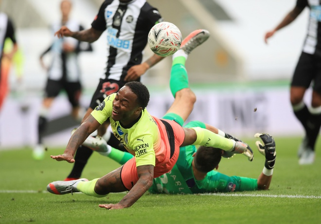 Newcastle vs Man City anh 23
