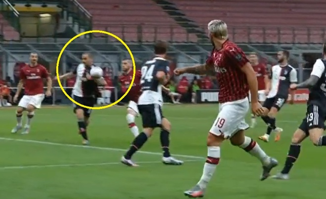 Milan vs Juventus anh 18
