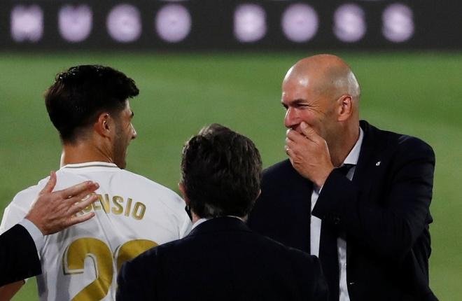 Real Madrid gap Alaves anh 16