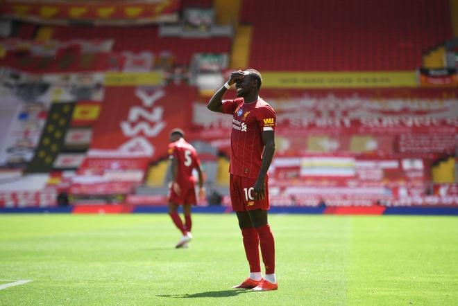 Liverpool gap Burnley anh 16