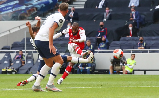 Tottenham gap Arsenal anh 1