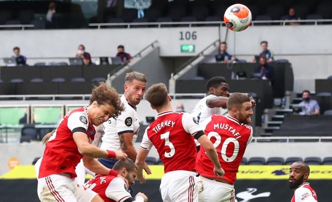 Tottenham gap Arsenal anh 20