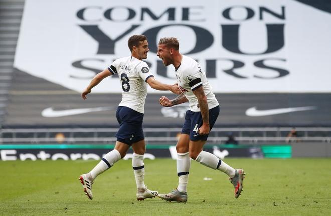Tottenham gap Arsenal anh 21
