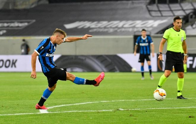 Inter Milan dau voi Bayer Leverkusen anh 13