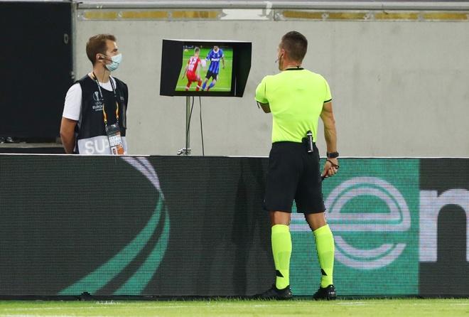 Inter Milan dau voi Bayer Leverkusen anh 9