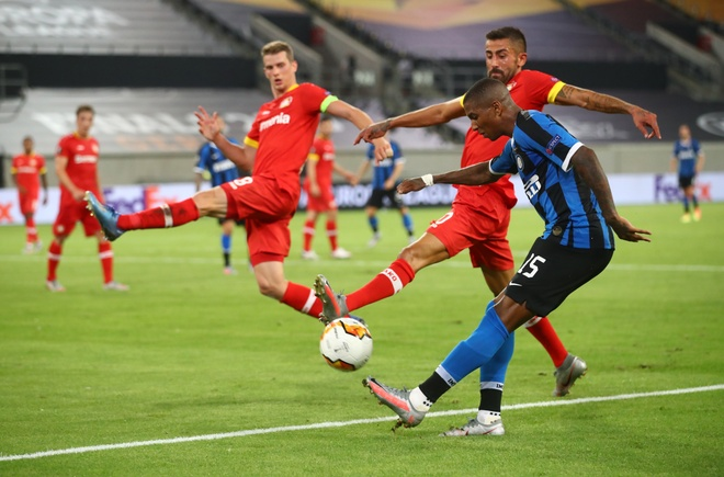 Inter Milan dau voi Bayer Leverkusen anh 5